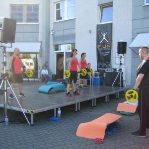 JED mediaservice: Vermietung Bühne Schnakenberg, Ton Meyer Sound (Fun Fitness 01.10.2011)